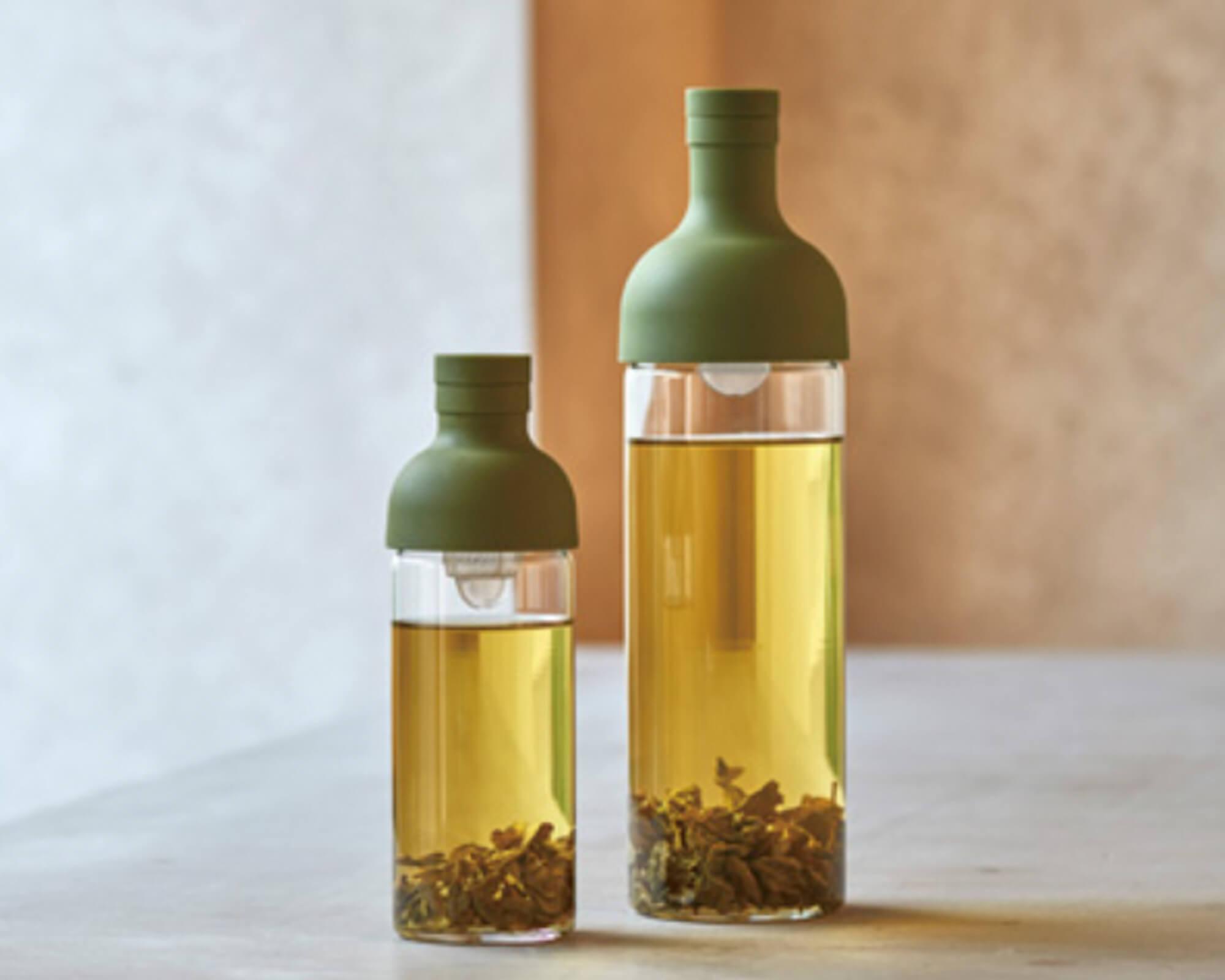 Bouteille en verre blanche ou verte Hario pour thé I Café Michel